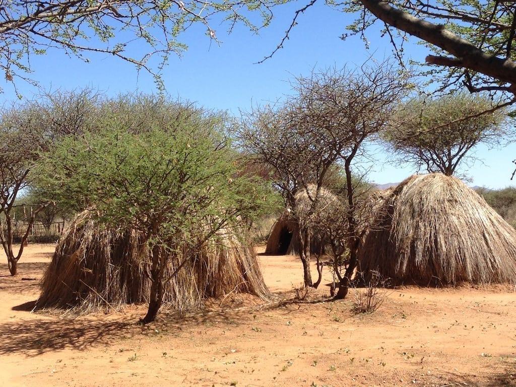 San - Huts