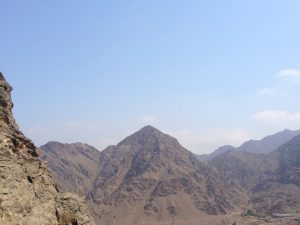 Dubai Day Trip: Fujairah Mountain road