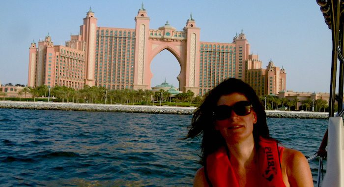 Dubai Yacht Cruise with Atlantis Hotel
