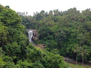 Tegenungan Waterfalla