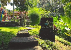Suara Air Luxury Villas entrance