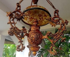 tugu antiques